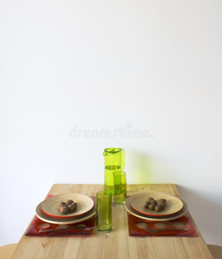 厨房用桌 免版税图库摄影