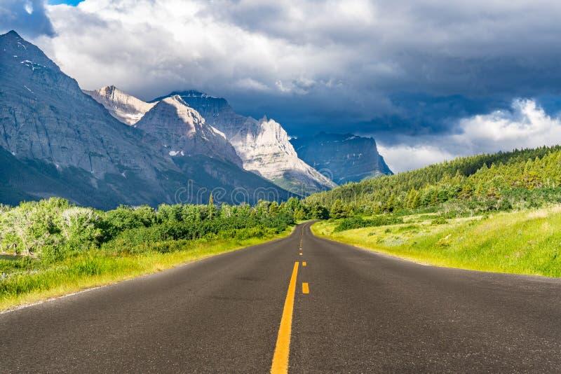 去太阳路,冰川国家公园 库存照片