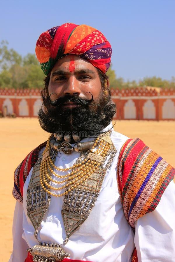 参与在Desert先生竞争, Jai中的印地安人画象 库存图片