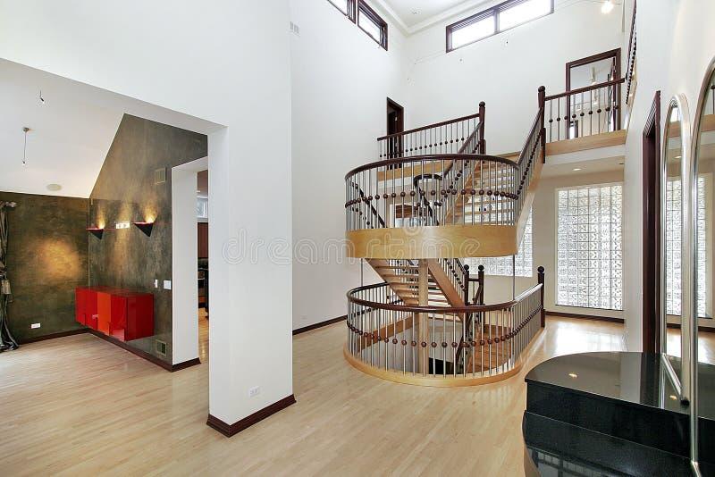 双休息室楼梯 免版税库存图片