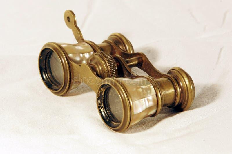 双筒望远镜葡萄酒 免版税库存图片