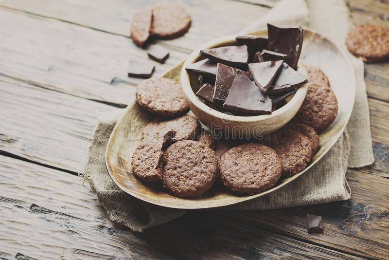 双重巧克力曲奇饼 免版税库存图片