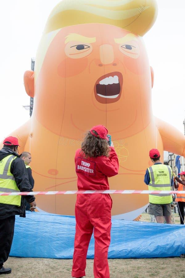 反唐纳德・川普抗议者在伦敦中部 库存图片