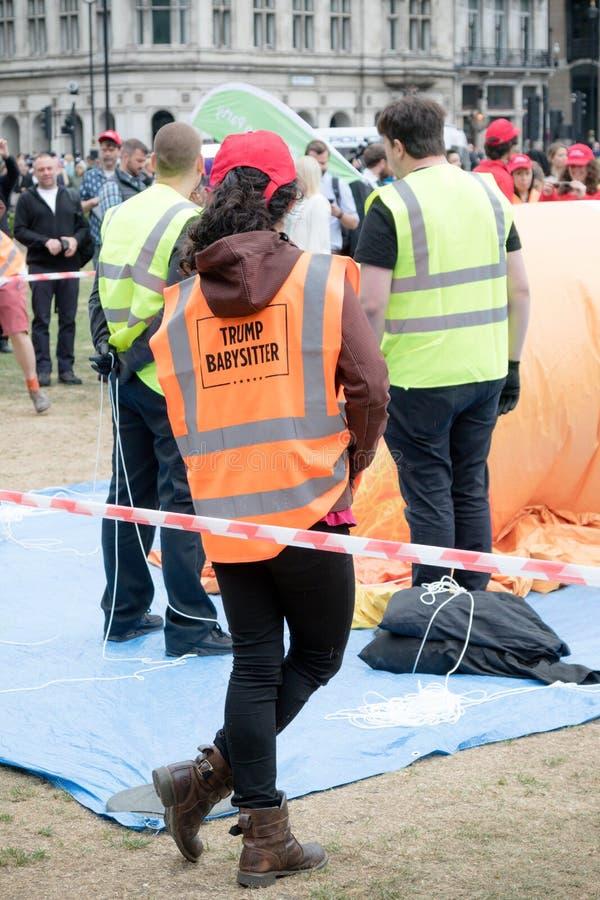 反唐纳德・川普抗议者在伦敦中部 库存照片