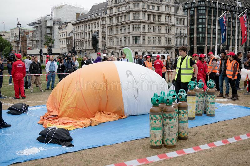 反唐纳德・川普抗议者在伦敦中部 免版税图库摄影