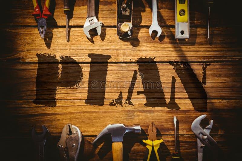 反对书桌的计划有工具的 库存例证