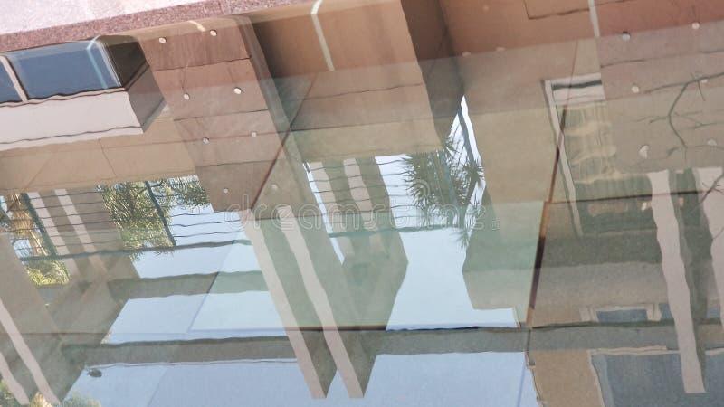 反射水池 免版税库存照片