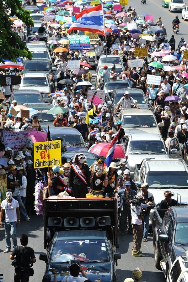 反政府白色面具抗议在曼谷 库存图片