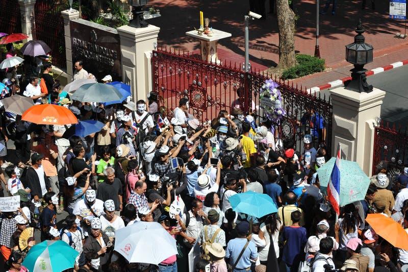 反政府白色面具抗议在曼谷 库存照片