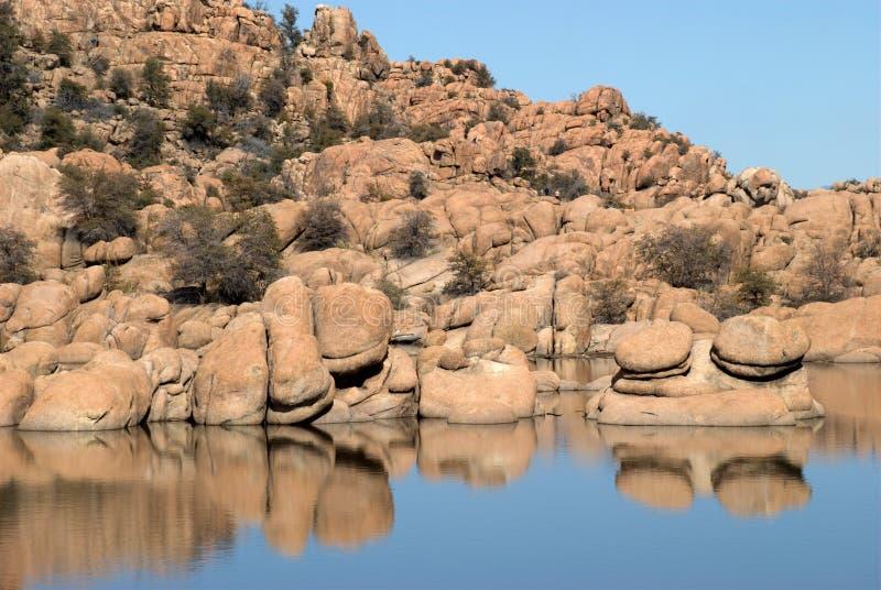 反映岩石结构 免版税库存照片