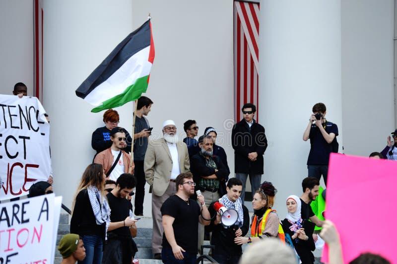 反王牌抗议塔拉哈西,佛罗里达 库存照片