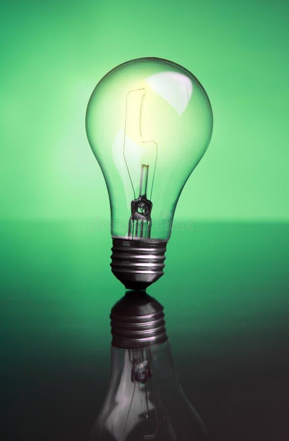 发光的电灯泡 库存照片