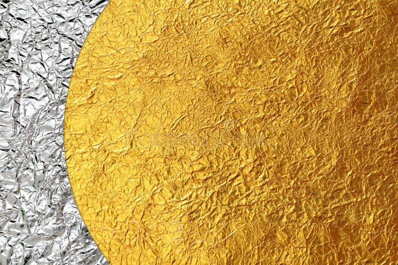 发光的黄色叶子金和古铜色发光的箔 免版税库存图片