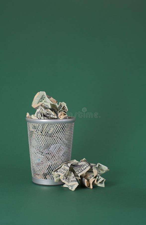 发单浪费的美元货币 库存图片