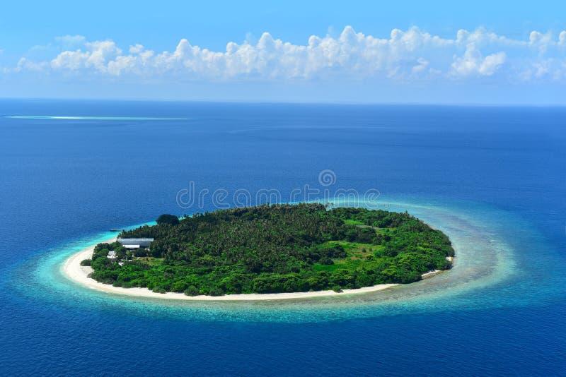 发咩声环礁的,马尔代夫海岛 免版税库存照片