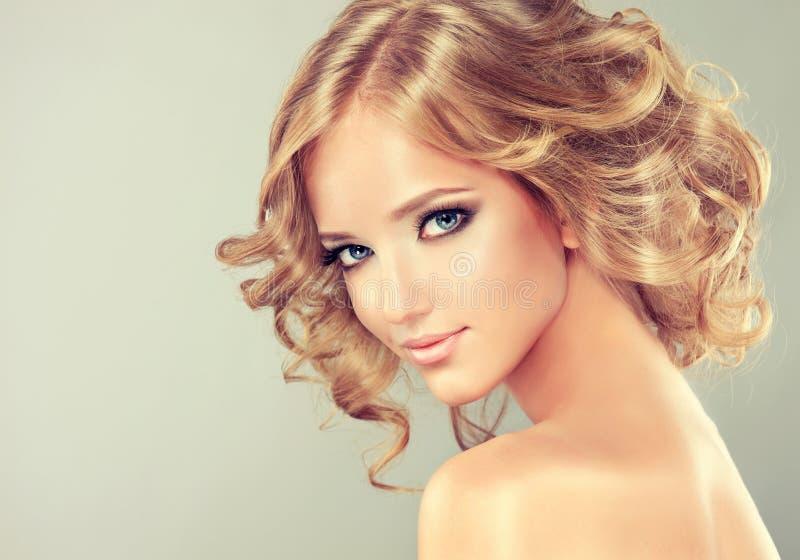 发型媒介长度 库存图片