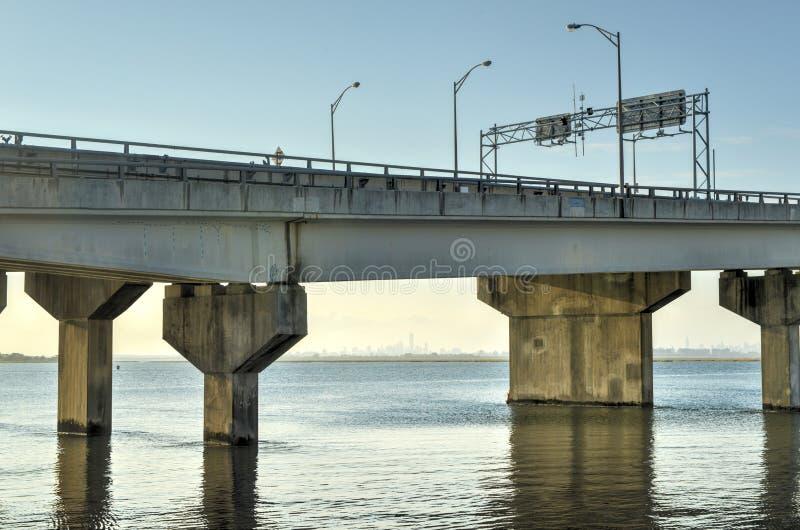 发怒海湾退伍军人纪念品桥梁 库存图片