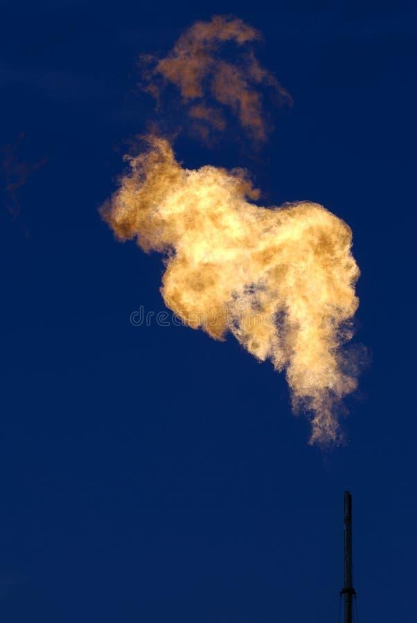发火焰油井 库存照片