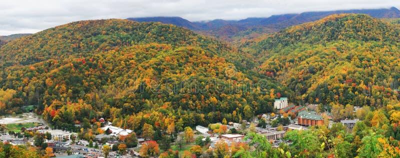 发烟性山Gatlinburg和谷在秋天 库存照片