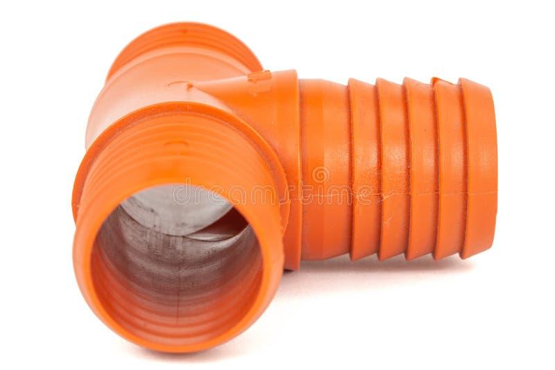 发球区域由水管的设施的塑料制成,分支的连接的在给水系统的,被隔绝在白色 图库摄影