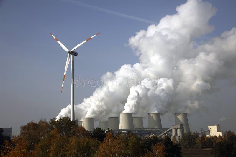发电站的致冷机 免版税库存图片