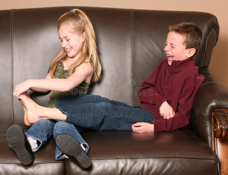 发痒儿童的英尺 免版税库存图片