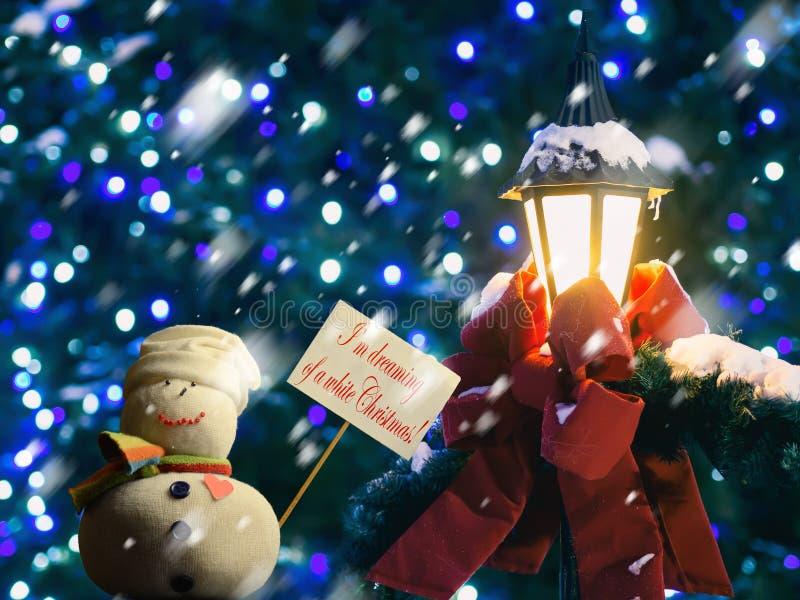 """发短信给""""I'm作梦一白色Christmas†的,招贴,雪人灯笼 免版税库存图片"""