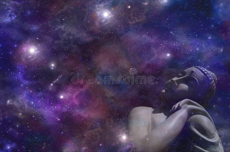 取暖在星光的宇宙菩萨 库存图片