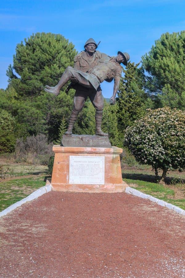 受伤的战士statueAnzac小海湾,土耳其 库存照片