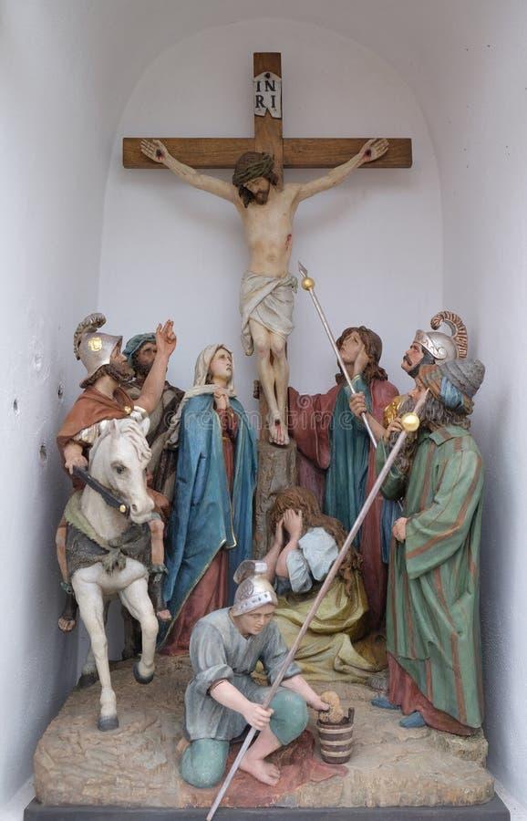 受难象,耶稣在十字架死 免版税库存照片