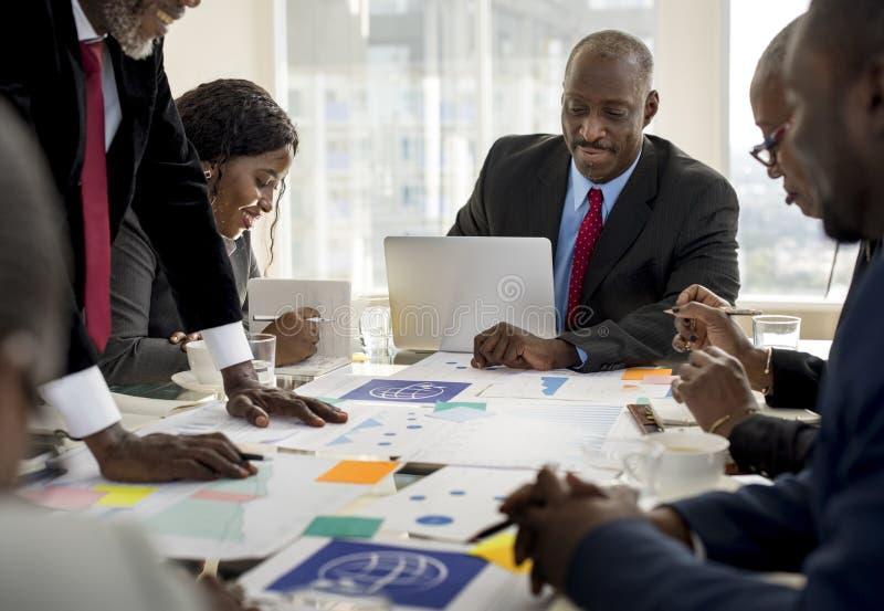 变化人谈国际会议合作 免版税库存图片