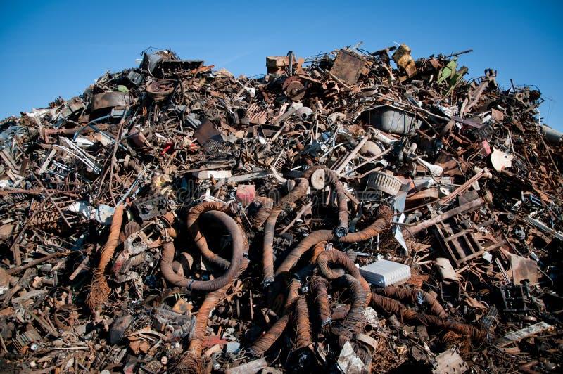 变紧密的铁金属回收报废 免版税图库摄影