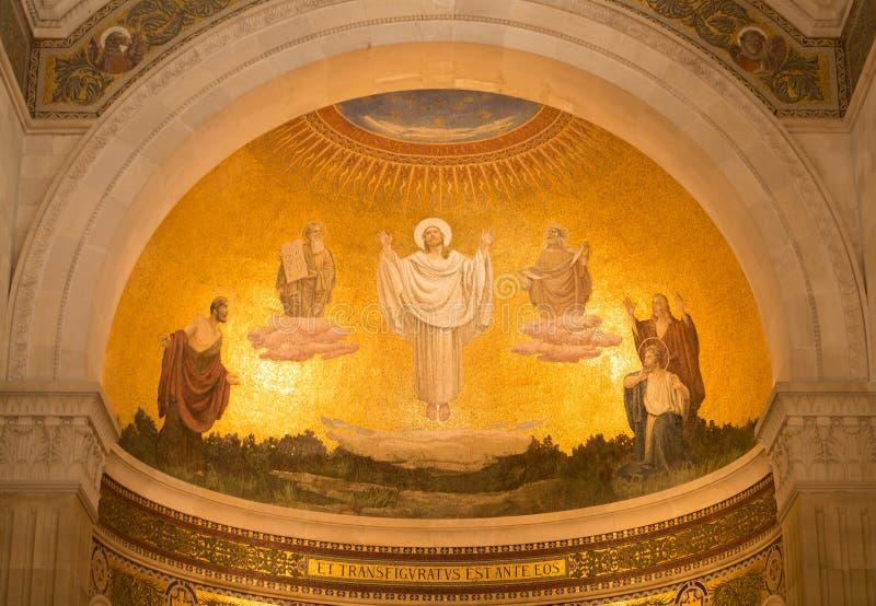 变貌马赛克在登上的塔博尔,以色列大教堂里 免版税图库摄影