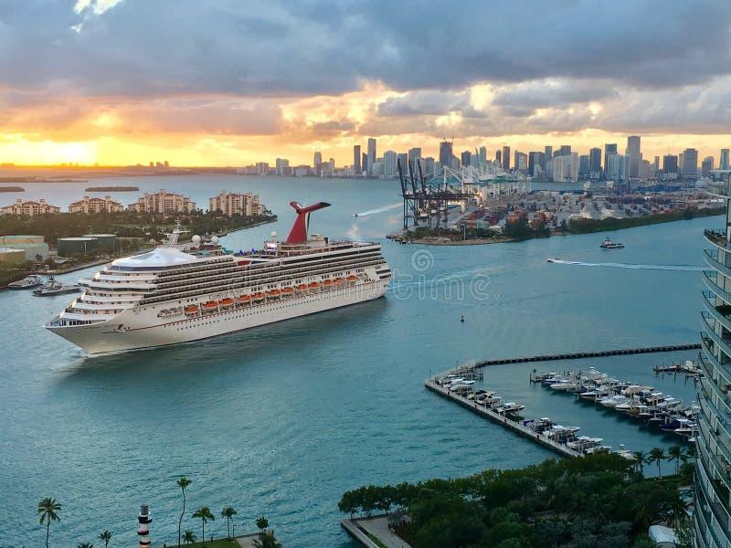 口岸迈阿密,推托海岛巡航口岸 库存图片