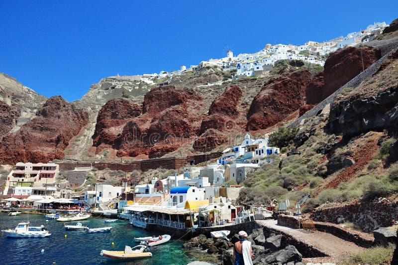 口岸Amoudi在海滩和在镇里 Oia,圣托里尼海岛,希腊 库存照片