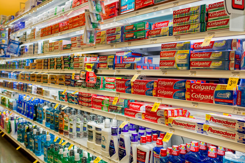 口腔卫生走道在萨费维中 免版税库存照片
