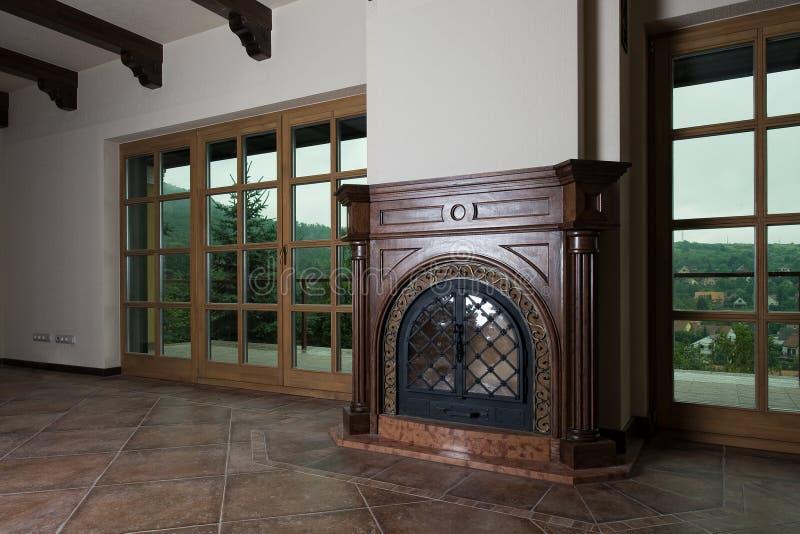 古典壁炉 免版税库存照片