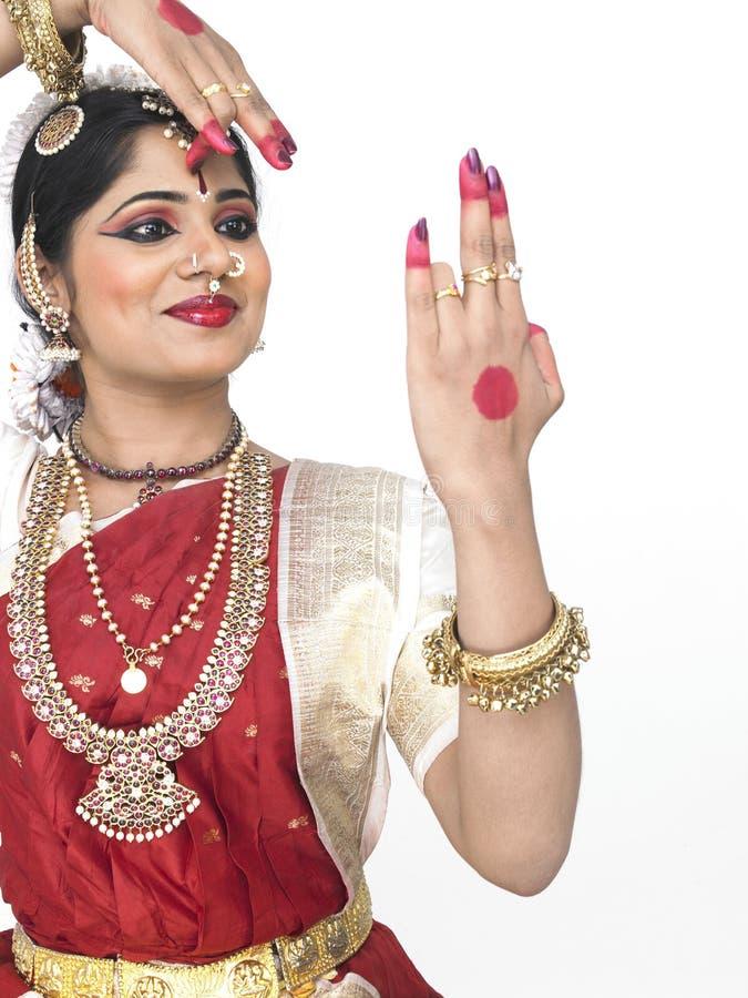 古典舞蹈演员印度 免版税库存照片