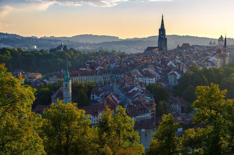 古城中心伯尔尼,瑞士全景  免版税库存图片