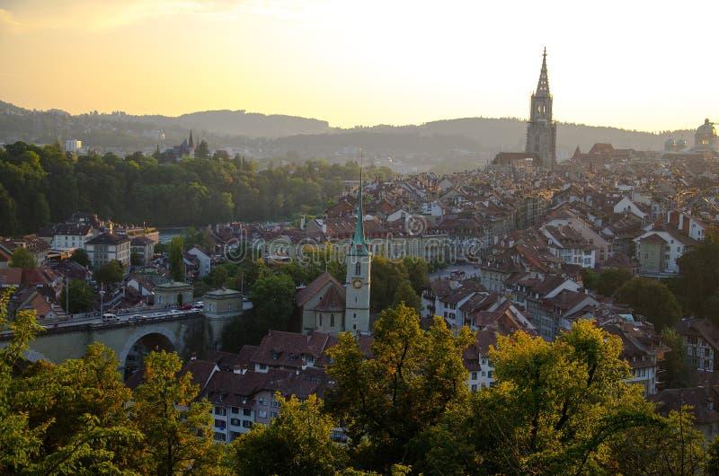 古城中心伯尔尼,瑞士全景  库存照片