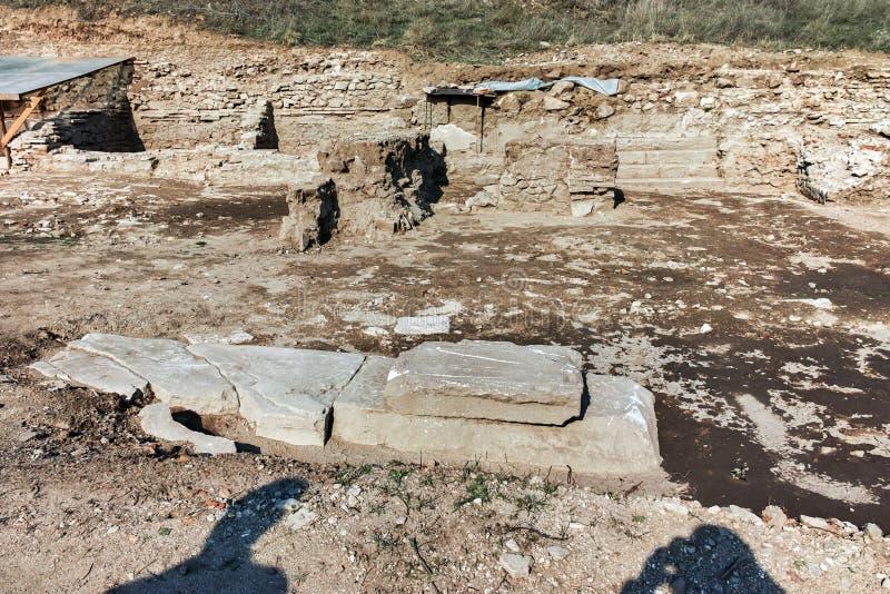 古城Heraclea Macedon的腓力二世-修造的Sintica废墟  免版税库存图片