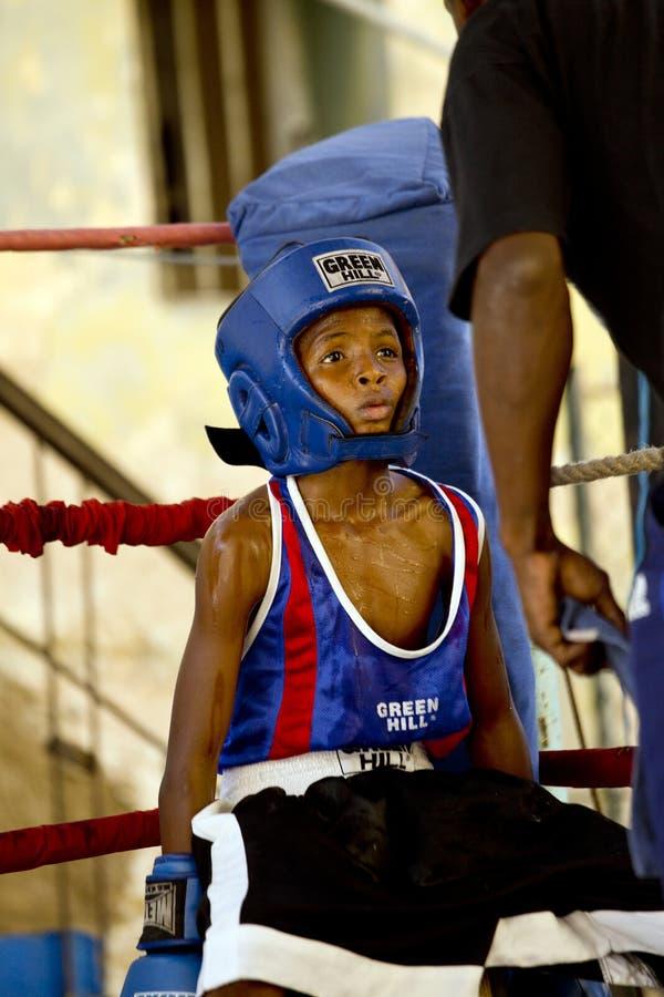 古巴拳击手孩子训练在哈瓦那,古巴 库存照片