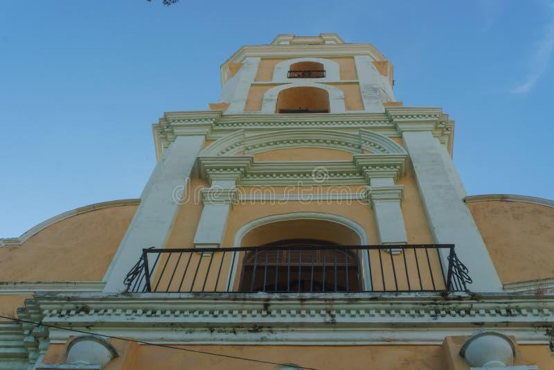 古巴特立尼达 大教堂看法从下来的 免版税库存图片