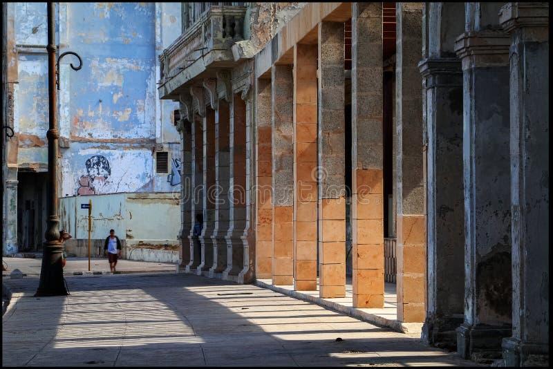 古巴 哈瓦那 堤防的片段和老城市的殖民地建筑学 库存图片
