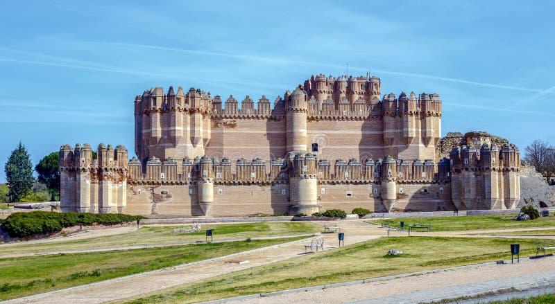 古柯城堡,卡斯蒂略在塞戈维亚省的de Coca 免版税库存图片