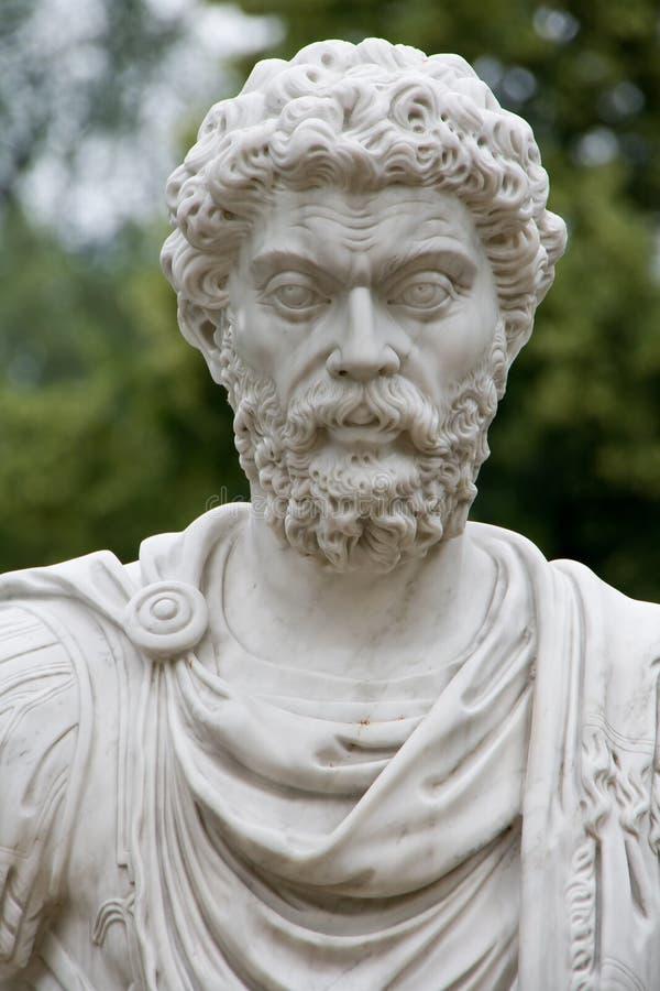 古老人雕塑 免版税图库摄影