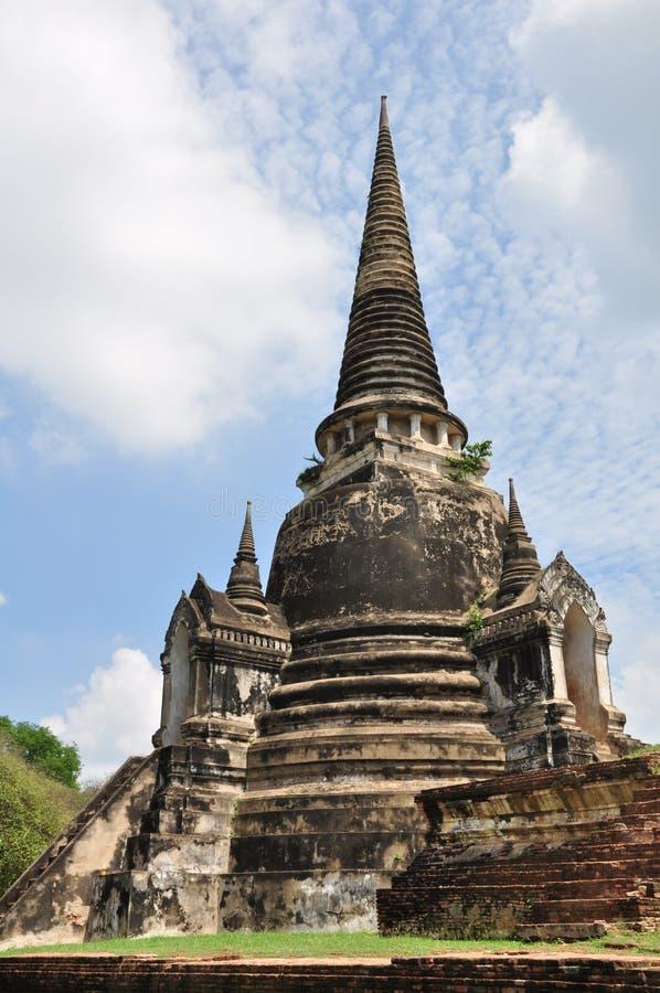古老佛教塔废墟在泰国 免版税库存照片