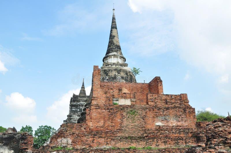 古老佛教塔废墟在泰国 库存照片