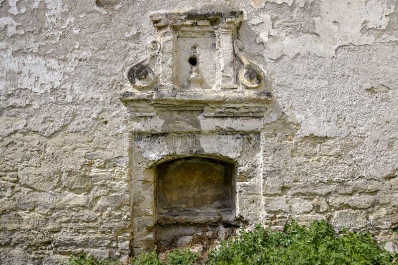 古老半被破坏的犹太教堂 宗教仪式的一个地方 库存照片