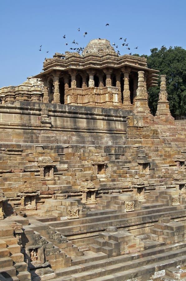 古老印度印度modhera寺庙 免版税库存图片